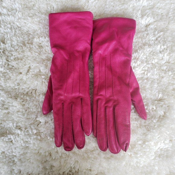 Coach Pink Leather, Cashmere lined Gloves sz 6.5